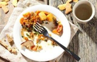 NOTÍCIAS - 'Vício em comer' é desculpa para justificar falta de autocontrole, diz especialista